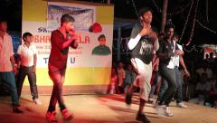 Indian young dancers on national holiday subhash mela Stock Footage