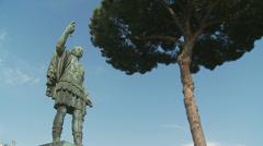 Caesar statue mid shot (slomo dolly) Stock Footage