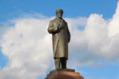 monument to lenin in rybinsk - stock photo
