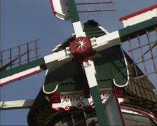 Dutch windmill in operation - close up cap (roof) + beard anno 1851 Stock Footage