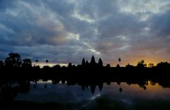 Sunrise on the Angkor Wat temple Camboya Stock Photos