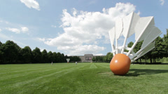 Giant Shuttlecocks in Yard of Nelson-Atkins Museum - stock footage