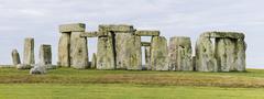 Iso-Britannia, Stonehenge Kuvituskuvat