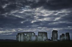 UK, Stonehenge, Luonnonkaunis näköala aamunkoitteessa Kuvituskuvat