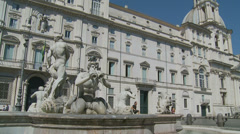 Fontana del Moro in Piazza Navona, Rome 12 (slomo dolly) Stock Footage