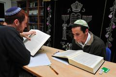 Jewish youth study yeshivat Stock Photos