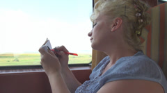 Yksityisyrittäjä huomioimaan junassa, matkakulut, kuljetus, päivä, matka, trip Arkistovideo