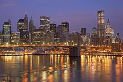 USA, New York State, New York City, Brooklyn Bridge and Manhattan skyline Stock Photos