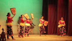 Kandy, sri lanka - apr 16: female dancers perform traditional kandyan dance o Stock Footage