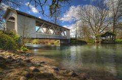USA, Oregon, Linn County, Larwood Bridge over Crabtree Creek Stock Photos