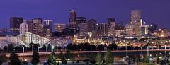 USA, Colorado, Denver, kaupunkikuva yöllä Kuvituskuvat
