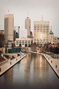 Yhdysvallat, Indiana, Indianapolis, Skyline joki Kuvituskuvat