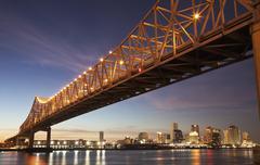 USA, Louisiana, New Orleans, Toll sillan yli Mississippi-joen Kuvituskuvat