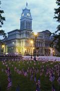 Yhdysvallat, Kentucky, Louisville, julkisivu kaupungintalo aamulla Kuvituskuvat