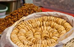 Organic dried figs and raisons at a turkish street market Stock Photos