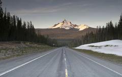 Highway mount thielsen big cowhorn extinct volcano oregon high cascades Stock Photos