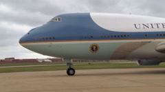 Obama 720p - Air Force One Landing 04 Stock Footage