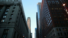 Chicago downtown lasalle wide tilt Stock Footage