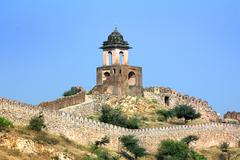 Fortification on top of mountain - jaipur india Stock Photos