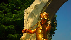 The gilded bronze monument of Johann Strauss II Stock Footage