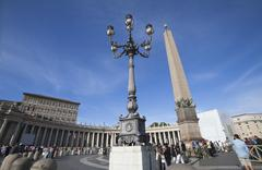 Tourists at St. Peters Square, Vatican City Stock Photos