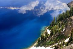 Blue water crater lake national park oregon Stock Photos