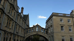 OXFORD UNIVERSITY STREET SCENE, HERTFORD BRIDGE (OXFORD HERTFORD BRIDGE--1A) Stock Footage
