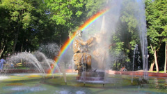 Veliky Novgorod - Sadko fountain with rainbow Stock Footage