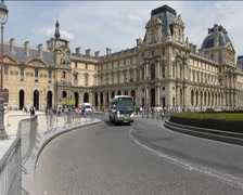 Bus travelling near Paris Louvre Palace with sound (BUS AT PARIS LOUVRE PALACE) Stock Footage
