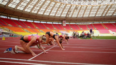 Sportswomen prepares for start of race. Stock Footage