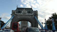 TRAFFIC MOVING TO & FRO LONDON TOWER BRIDGE (LONDON TOWER BRIDGE 6) Stock Footage