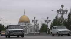 Ashgabat, Soviet Lada's and golden palaces Stock Footage