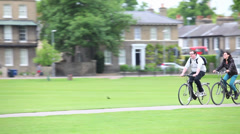 Cambridge Cycling on Parkers Piece Stock Footage