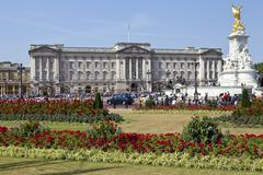 Buckingham Palace and Victoria Memorial Stock Photos