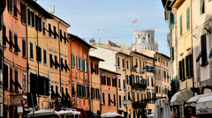The leaning tower of Pisa as seen from via Santa Maria. Stock Footage