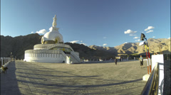 India Ladakh Leh Shanti Stupa tourists visit time lapse Stock Footage