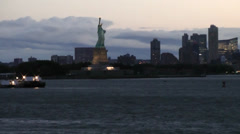 New York 155 Manhattan, arrive Hudson River early Morning, Liberty Island. Stock Footage