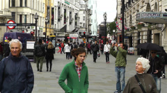 Piccadily Circus London 8 handheld Stock Footage