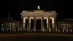 Berlin Landmark - brandenburg Tor at night, from the back Stock Footage