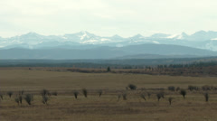 Autumn prairies and distant mountains Stock Footage