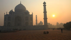 Taj mahal in the morning sun - stock footage