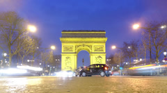 Timelapse traffic under the Arc de Triomphe Stock Footage