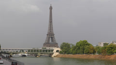 Eiffel Tower Landmark Paris Bir-Hakeim Bridge Parisian Public Transportation Stock Footage