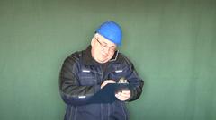 Työpäällikkö, puhelin, matkapuhelin, green screen. Arkistovideo