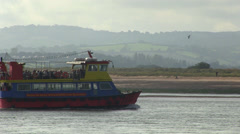 passenger boat on river exe in exmouth Stock Footage