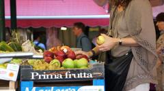 Scenes of the Rialto Food Market in Venice (11 of 22) Stock Footage