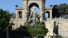 Barcelona ciudadela park Stock Footage