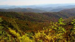 Autumn overlook along blueridge pkway mountains Stock Footage