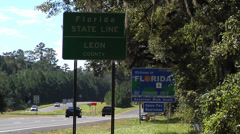 Florida, Georgia  border sign Welcome to Florida static Stock Footage