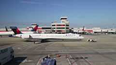 Atlanta Airport tarmac Stock Footage